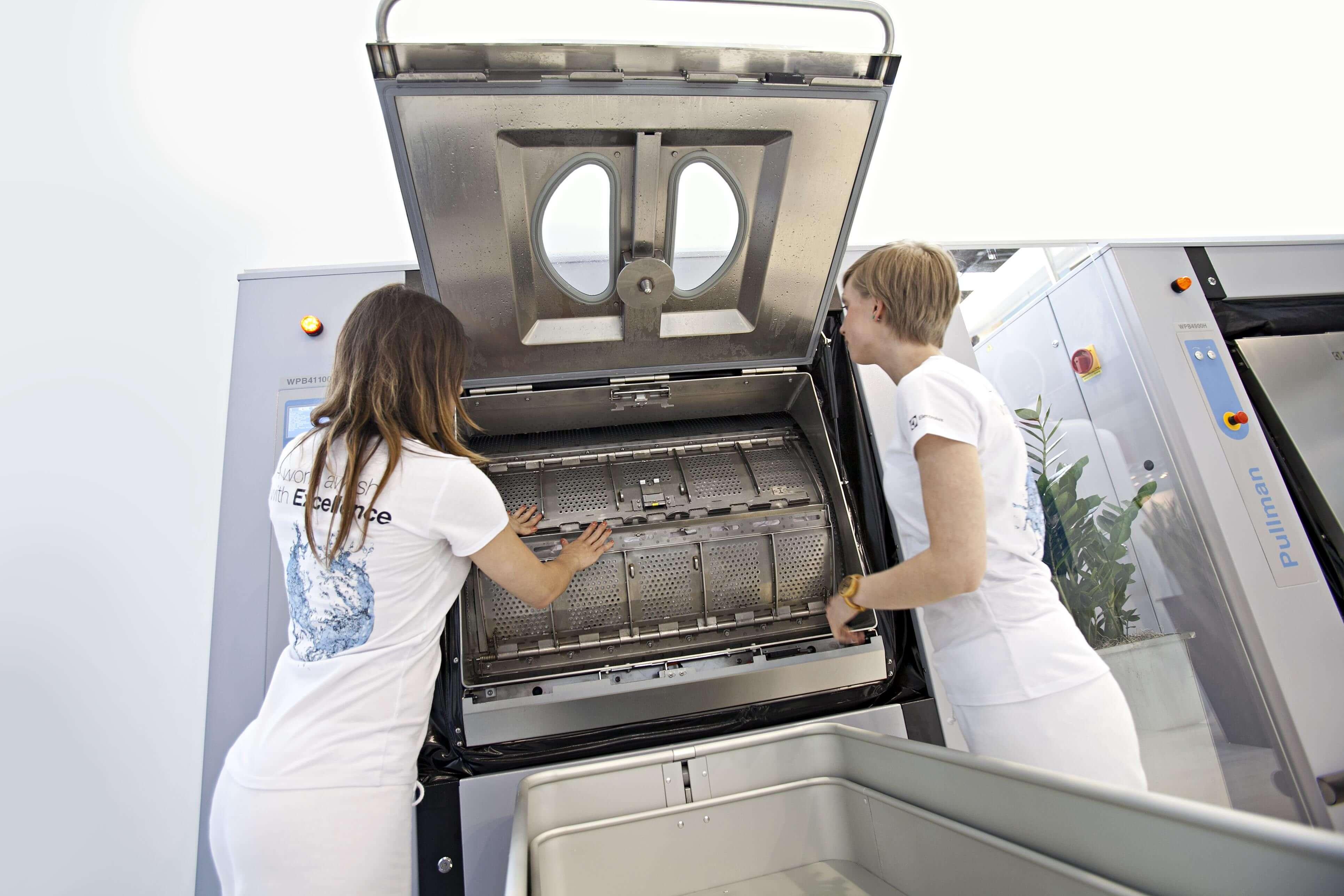 wyposażamy pralnie w urządzania marki electrolux
